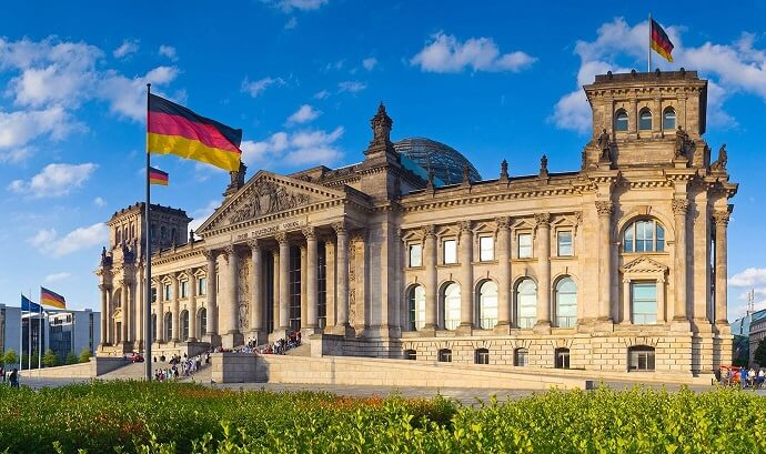 Germany-Tuition-Free-Universities-and-Scholarships-for-International-Students.jpg