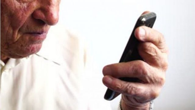 Predizvik-za-detoksinacija-Kompanijata-Rivjus-plakja-2.400-dolari-za-24-chasovno-nekoristenje-pametni-telefoni.jpg